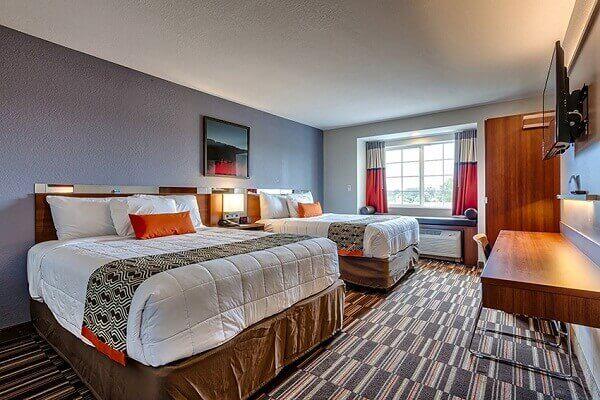Luxury Business Hotels in Niagara Falls